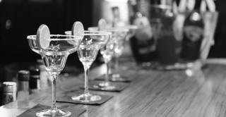 alcohol-bar-black-and-white-resized
