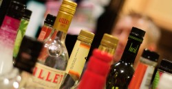 Lower income women more likely to drink in excess of official guidelines image