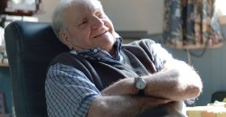 Older people's quality of life plummets in their final years, but many are still happy, study finds image